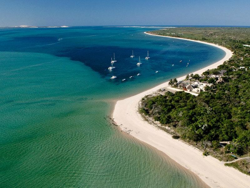 how to get to benguerra island