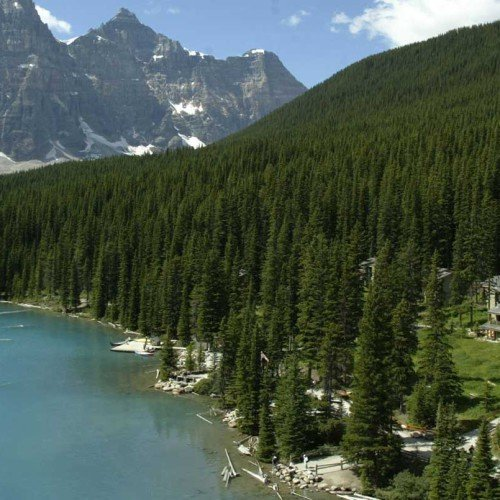 Moraine Lake Lodge, Lake Louise