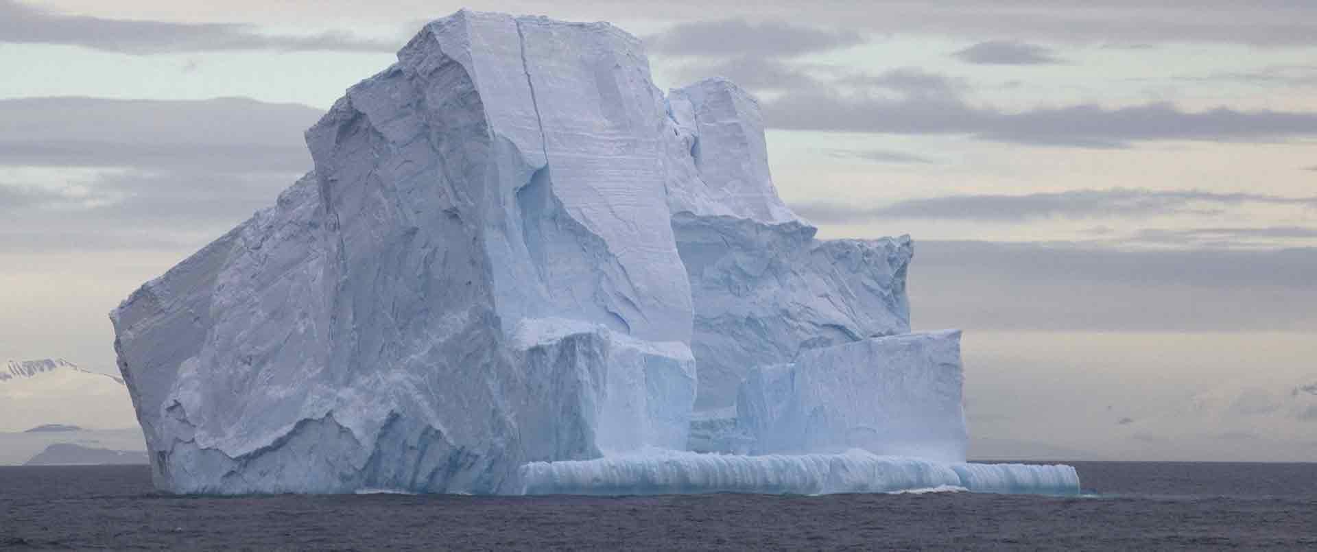 Antarctic Circle Cruise