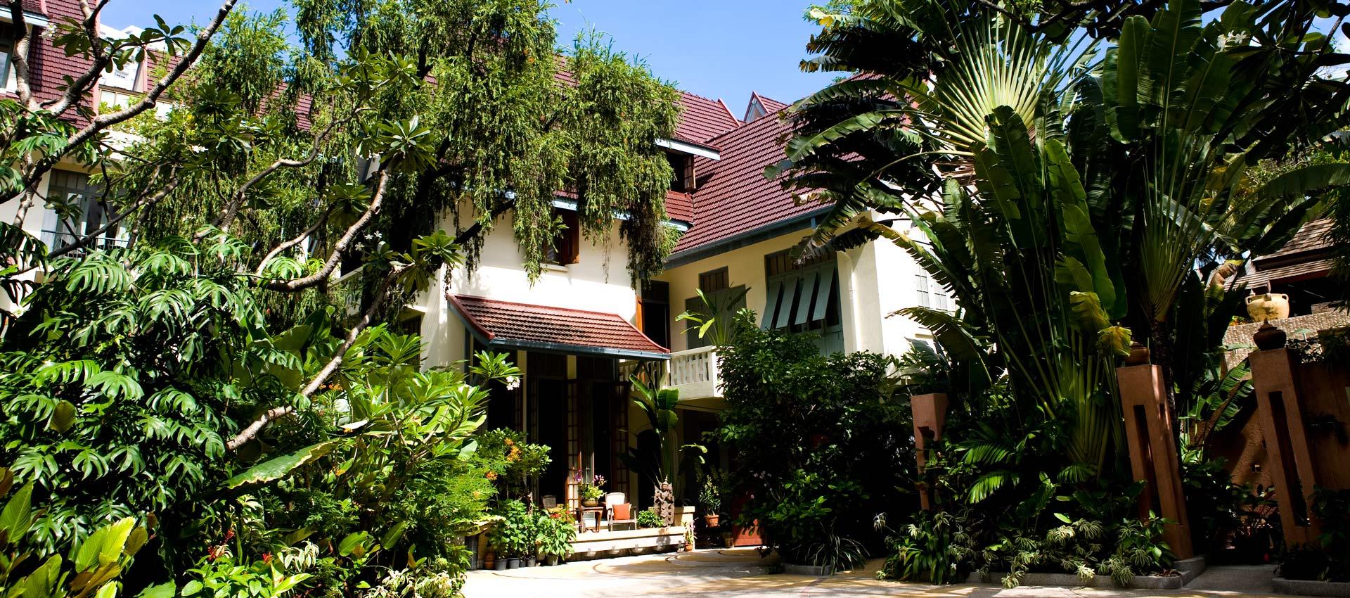 Ariyasom Villa, Bangkok