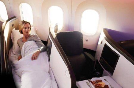 Virgin-Atlantic-Upper-Class-seat-and-bed