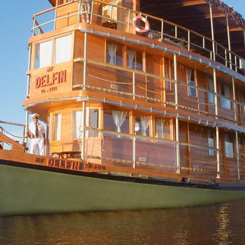 Delfin Amazon Cruises, Peru